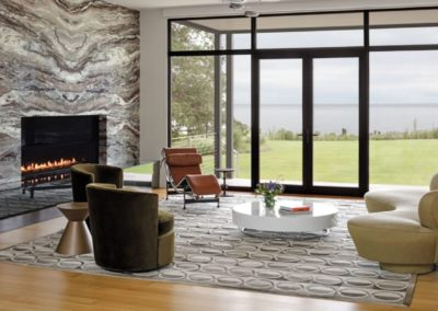 A Modern Tidewater Home